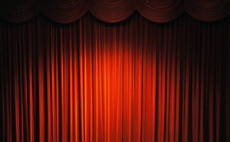Read more about the article Front Stage work vs Back Stage work in Property Management